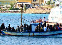 Sbarchi a Lampedusa, emergenza senza fine